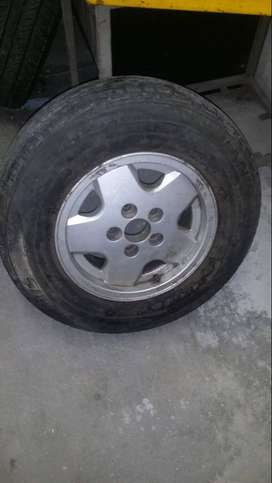 VW Caravelle Rim with tyre for sale