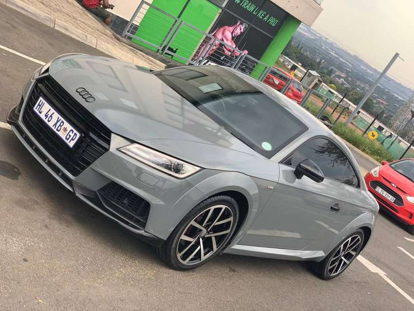 Audi TT S stronic TFsi For sale by owner 0