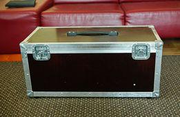 Kufer na kamerę instrument masywny