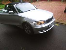 BMW 120i Convertible drop top, leather seats
