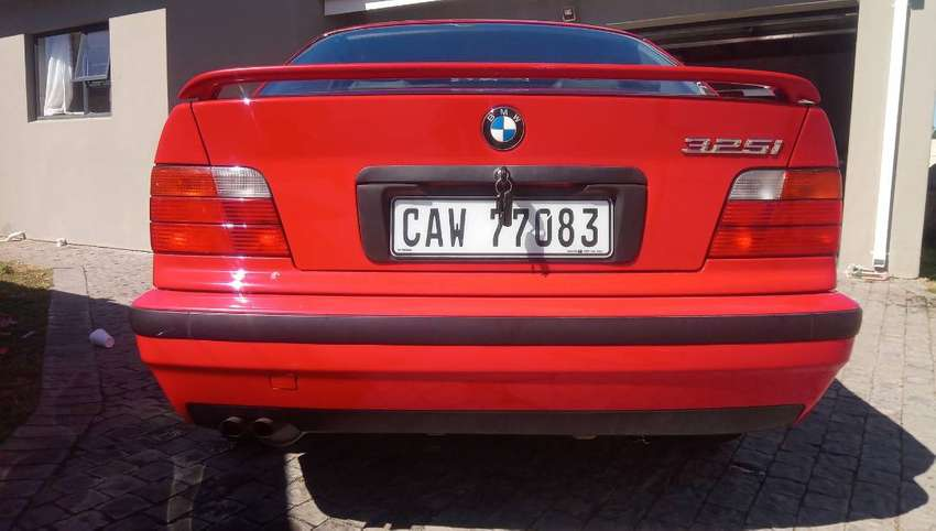 325i origanal immaculate condition 0
