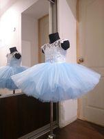 Нарядное детское платье пышное снежинка голубое выпускное садик яркое
