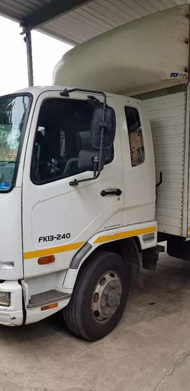 1 to 8 ton truck for hire