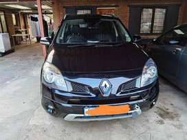 2011 renault koleos 2.0 dCi automatic 4 * 4...fully licensed and cor