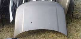 Land Rover Discovery 4 bonnet