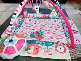 Bright Sparks Activity play mat with accessories