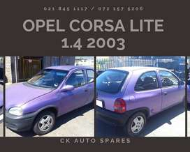 Opel Corsa lite 1.4 2003 stripping for spares