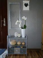 Szafka i rama lustra drewno oraz szklany regał