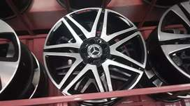 A set of 19inch original AMG mags for Mercedes Benz for sale