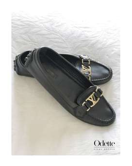Authentic Soft Leather Black Louis Vuitton Oxford Loafers