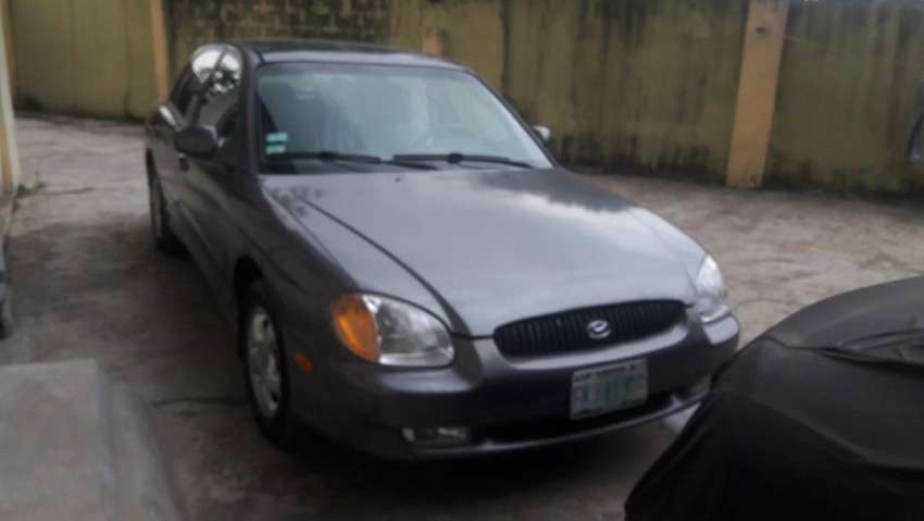 Clean and well maintained Hyundai Sonata 2001 0