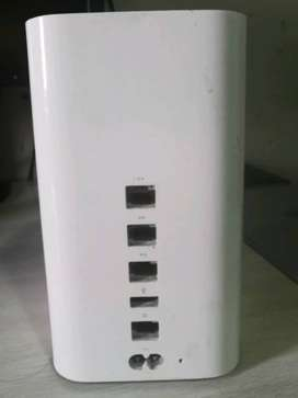 Apple AirPort Time Capsule (5th Generation) 2TB