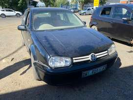 VW GOLF 4 (1.6) -FOR SALE AS IS OR GOR STRIPPING FOR SPARES