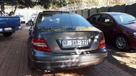 Mercedes Benz C180 Automatic For Sale