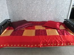 Продам покрывало на постель.