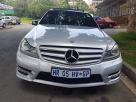 2012 MERCEDES Benz C250 AMG with Sunroof and leather seats