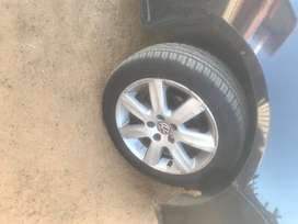 Selling Polo Rims with Tyres...