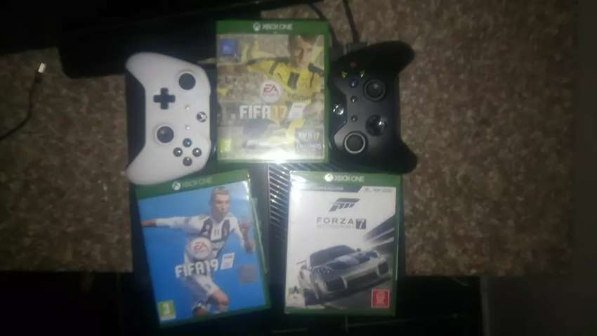 Xbox 1 for sale 0