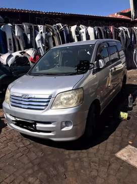 Toyota Noah FJ stripping for parts
