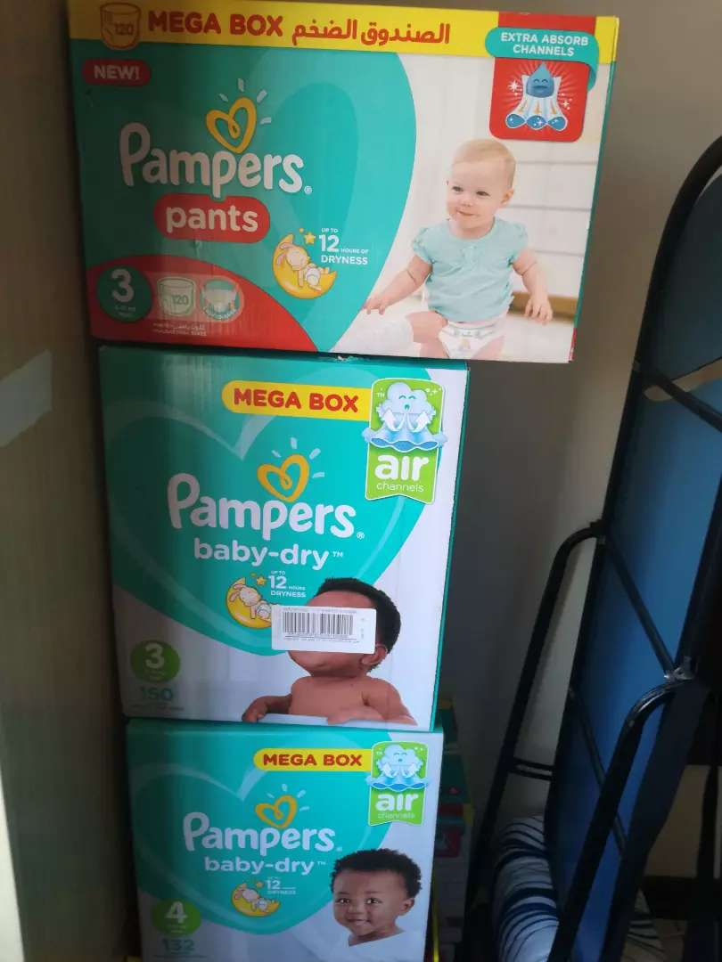 Pampers and Huggies Original Nappies for sale very cheap 0