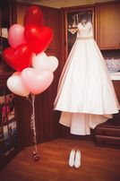 Свадебное платье. Цвет белый Цена Снижена!!!