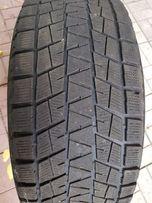 Зимние шины Bridgestone 285/60R18