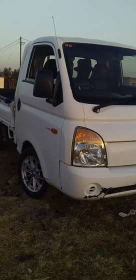 Truck and small bakkie for hire furniture