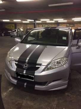 Sporty FRV with a K20 Engine, 2006 with very low mileage, Great runner