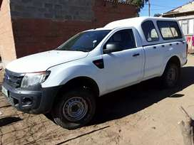 2 door white Ford Ranger in very good condition