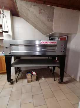 I'm selling my baking stove Montana oven