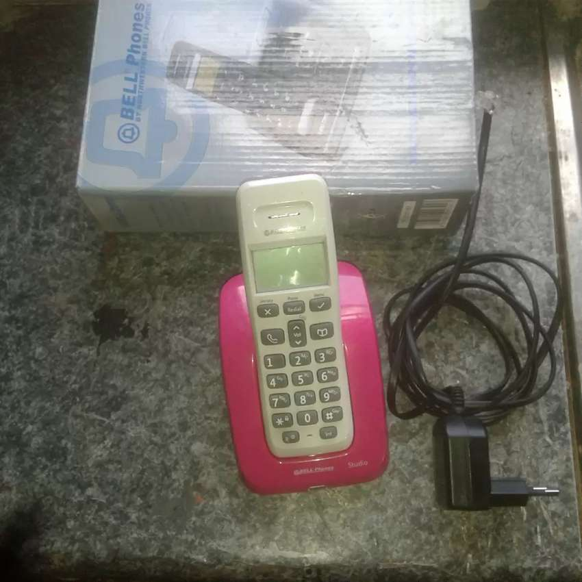 New Bell digital cordless telephone with answering machine 0