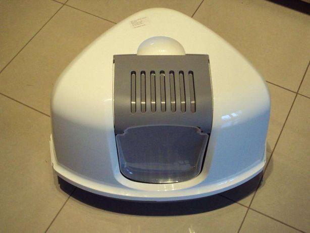 Trójkątna kuweta dla kota. Drzwiczki. Filtr węglowy. Pruszków - image 1