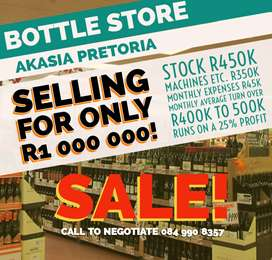 BOTTLE STORE IN AKASIA FOR SALE