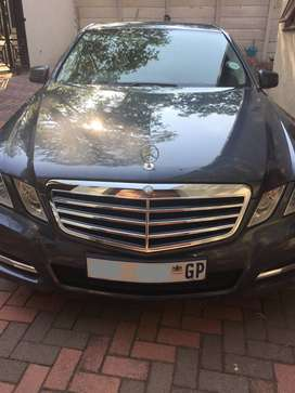 Mercedes Benz 2010 model. E300 Avantgarde with full service record.