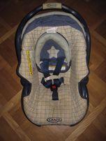 Детское автокресла с базой Graco Snugride