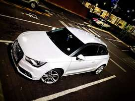 Audi A1 1.4 tfsi attraction s tronic 2012