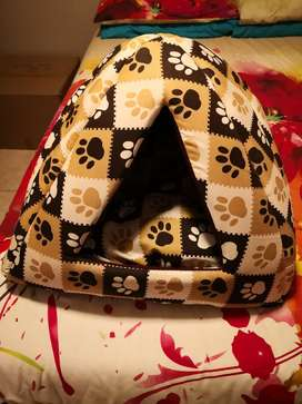 Cat/dog cave with a cozy padded loose  inner