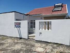 3 Bedroom House For Sale  Pelican Park