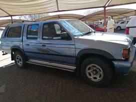 Nissan Hard body double cab very clean old Mr Cheepi WITBANK Big five