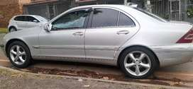 MERCEDES-BENZ C350 IN EXCELLENT CONDITION