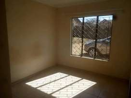 Bachelor to rent at Norkem Park ext 4