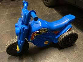 Kiddies scooter
