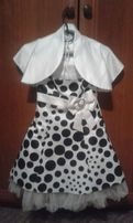 Платье с атласной накидкой на 5-7 лет