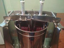 меланжер для шоколада на 10 л.,мельница для орехов