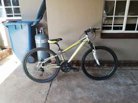 Selling a ORYX MOUNTAIN BICYCLE