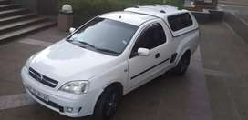 OPEL CORSA BAKKIE SPORT WITH CANOPY,2009 MODEL IN VERY GOOD CONDITION