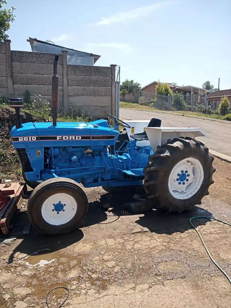 Ford 2610 tractor. 0