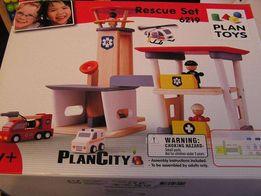PlanToys drewniany zestaw ratunkowy lotnisko straż rescue set 6219 NOW