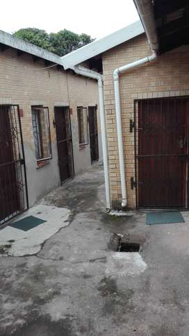 Outbuilding for rent in a secure house