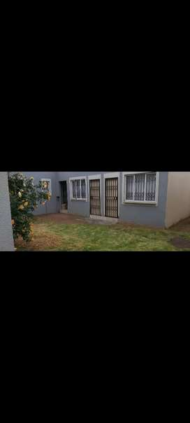 Room to rent in Dobsonville ext3 near BP  R1250